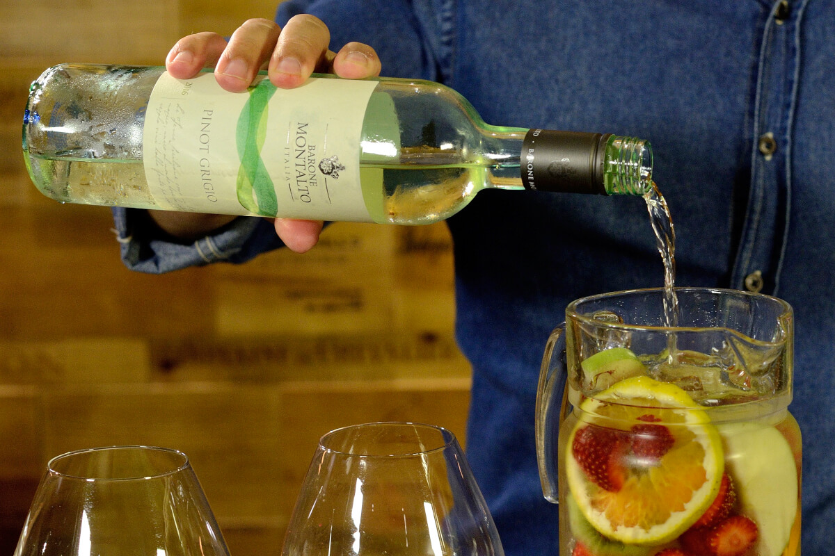 drink-clericot-sangria-branca-receita-vinho