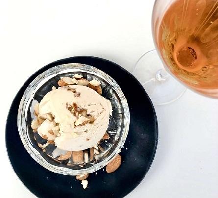 sorvete-amendoas-com-vinho-do-porto-branco-churchills